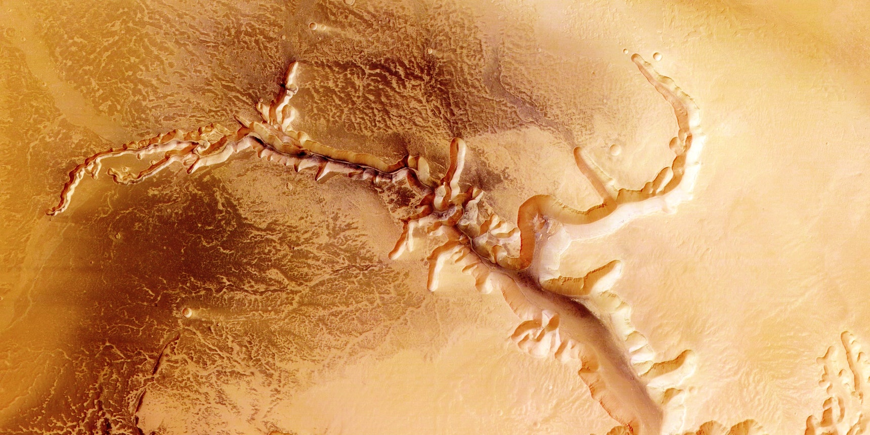 Seismic rifts may have produced life-sustaining hydrogen on Mars.