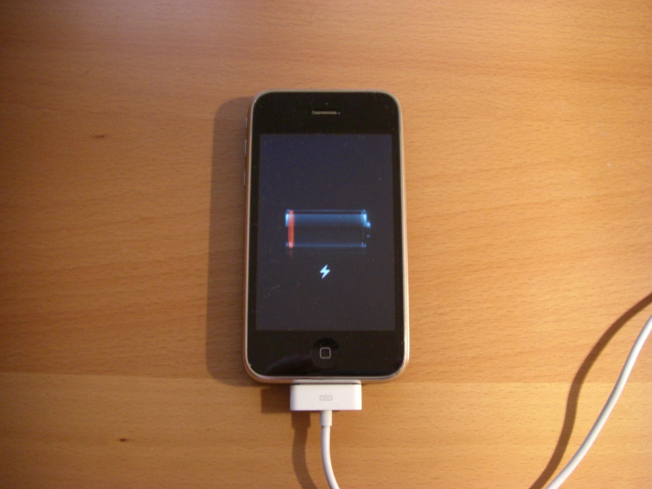iPhone 3G won't charge anymore