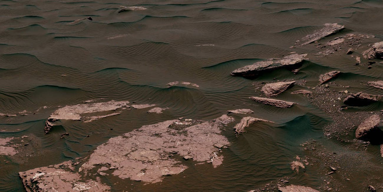 Mars' Bagnold dune field on lower Mount Sharp.
