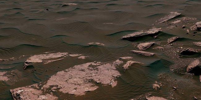 Mars' Bagnold dune field on lower Mount Sharp.