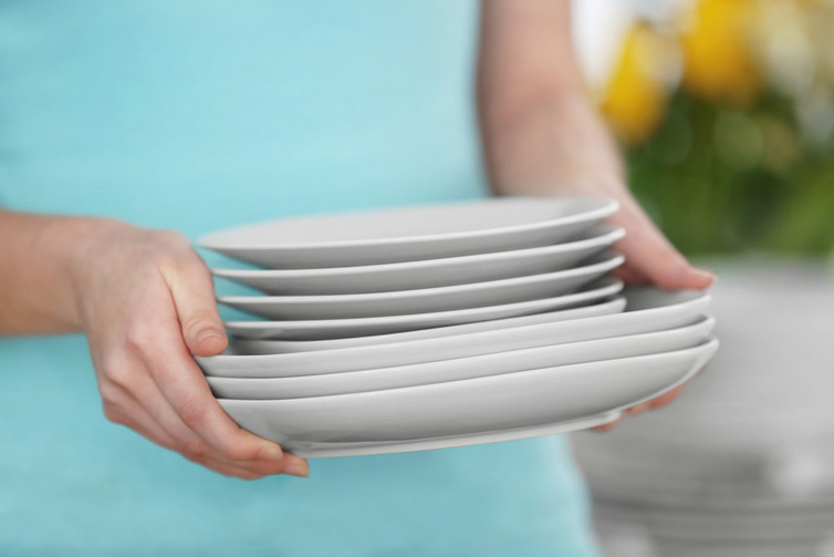 If you want to lose weight, try a smaller plate.