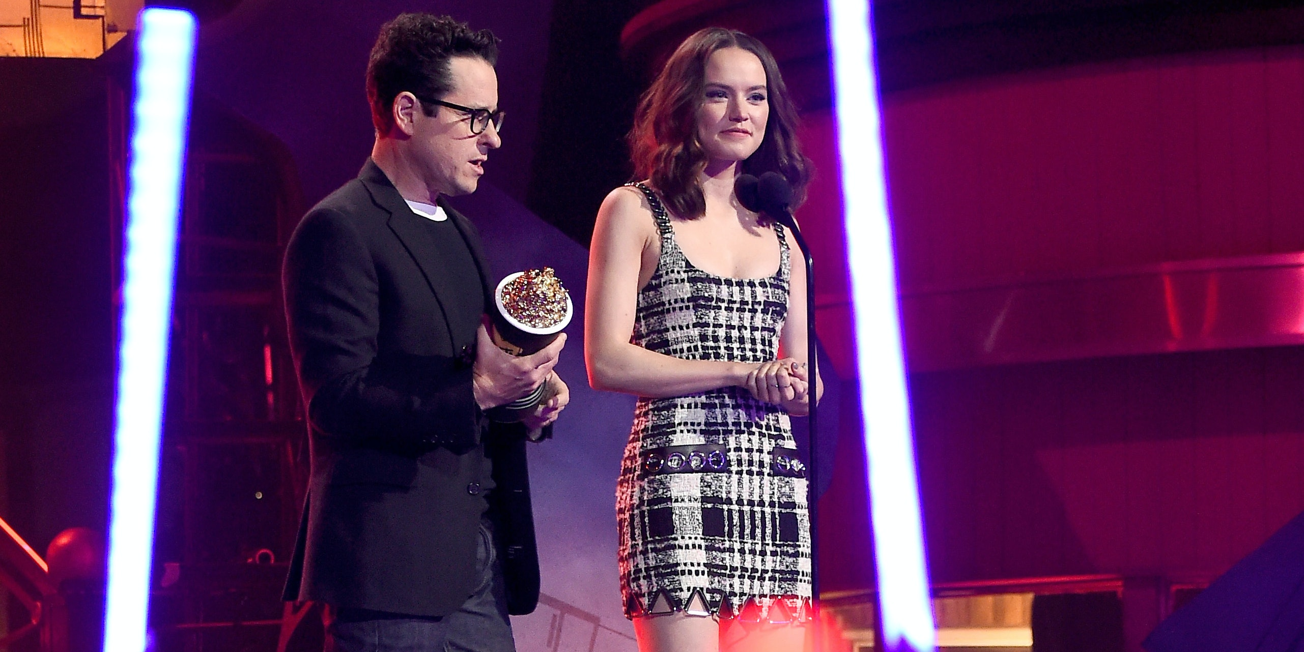 "Daisy Ridley is Teaming Up With J.J. Abrams for the New Sci-Fi Romance ""Kolma"""
