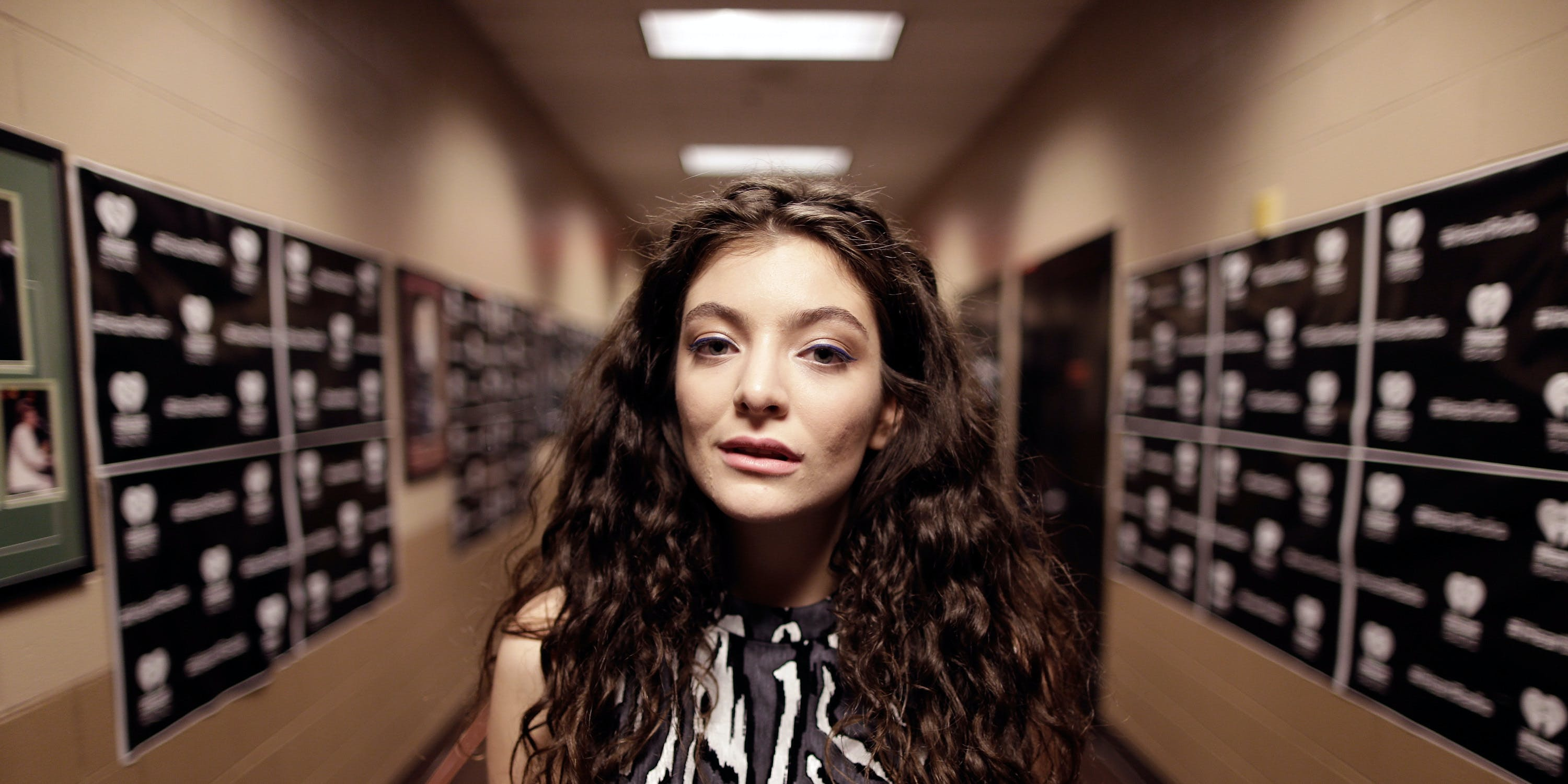 LAS VEGAS, NV - SEPTEMBER 20:  Recording artist Lorde attends the 2014 iHeartRadio Music Festival at the MGM Grand Garden Arena on September 20, 2014 in Las Vegas, Nevada.  (Photo by Isaac Brekken/Getty Images for iHeartMedia)