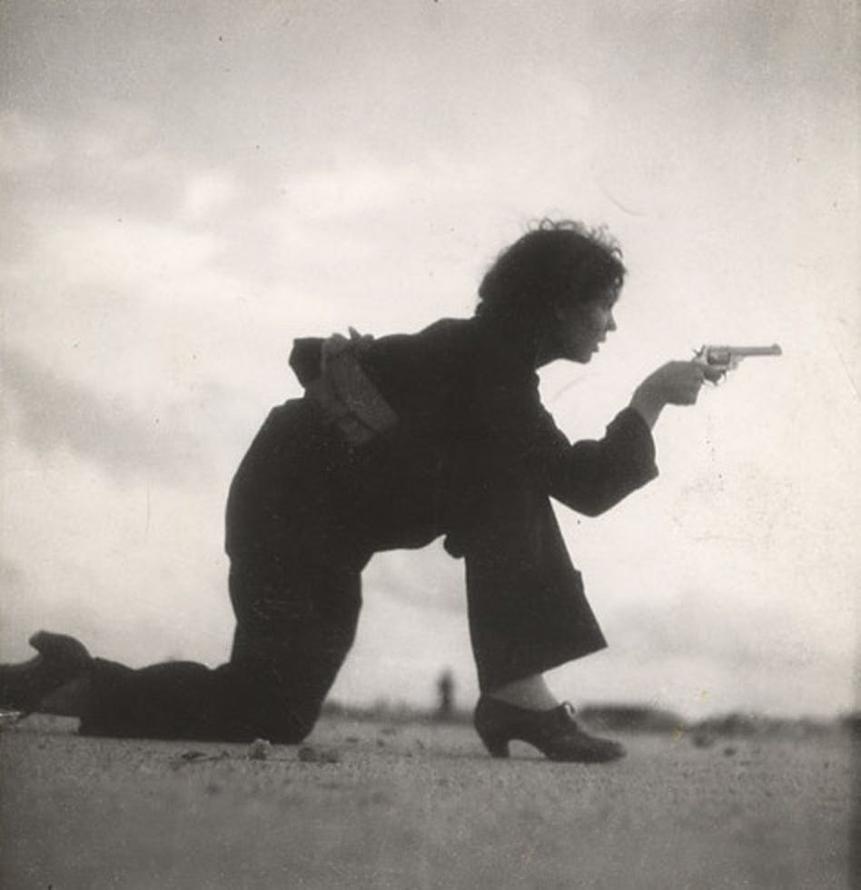 A Republican woman photographed by Gerda Taro.