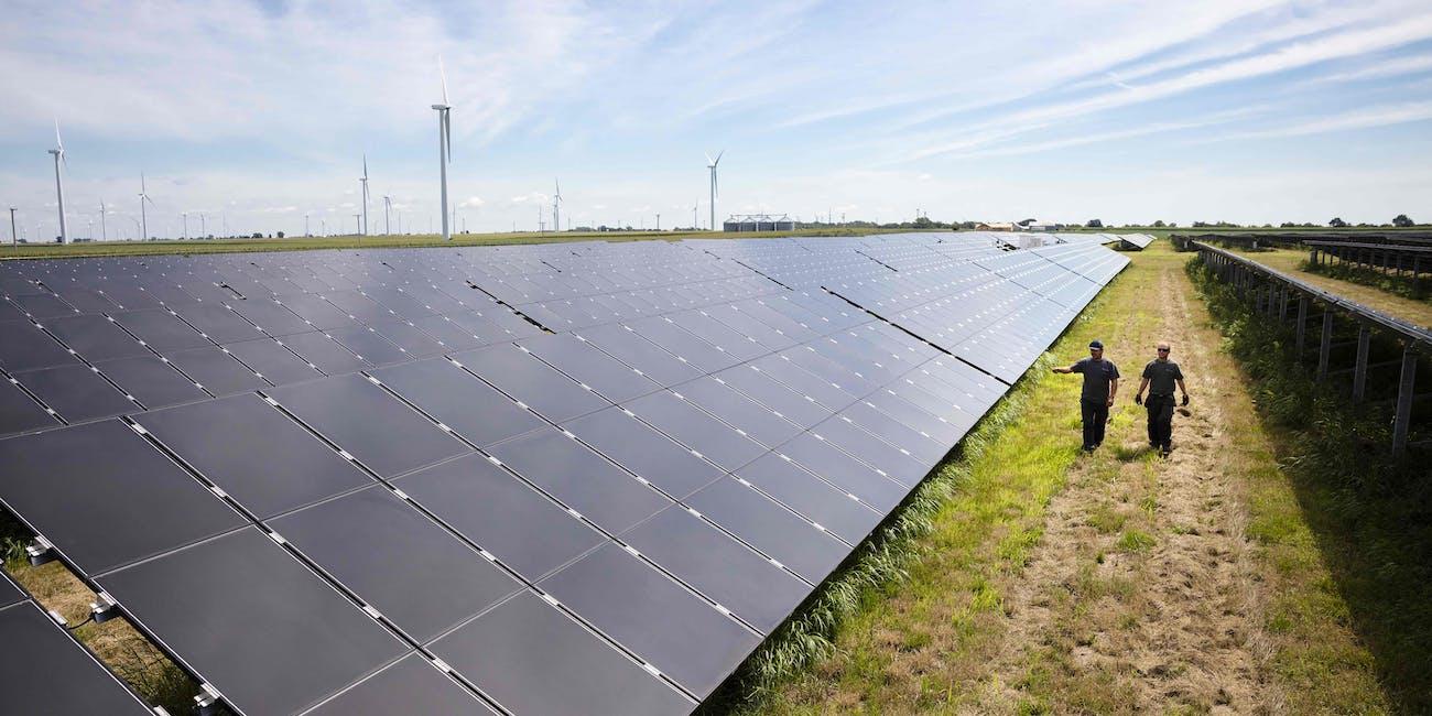 Invenergy's solar and wind farm in Grand Ridge, Illinois