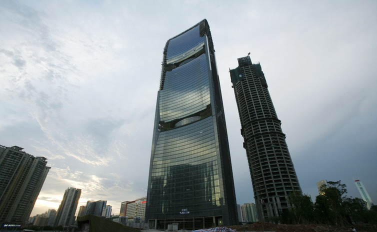 The Pearl River Tower was built using an environmentally friendly concept.