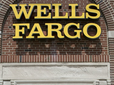 5,300 People Were Fired Over This Insane Wells Fargo Bank Scam