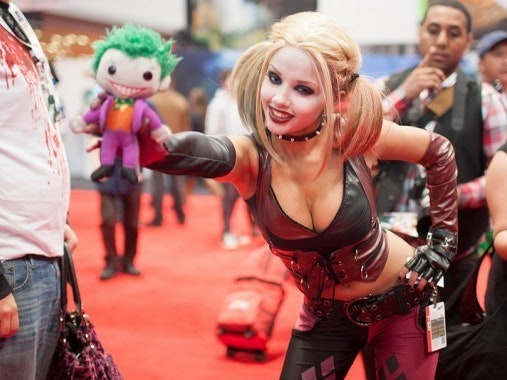 How to Make the Perfect Harley Quinn Halloween Costume