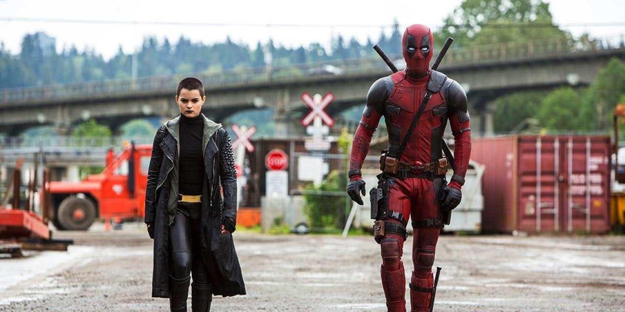 Ryan Reynolds as Deadpool, Brianna Hildebrand as Negasonic Teenage Warhead in Fox's Deadpool