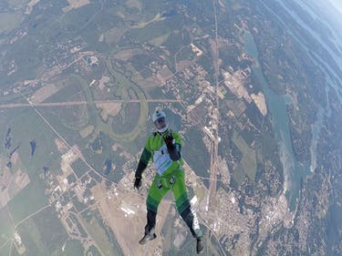 How Luke Aikins Fell 25,000 Feet Without a Parachute and Lived