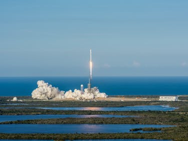 The New Goal for SpaceX: 24-Hour Reflight
