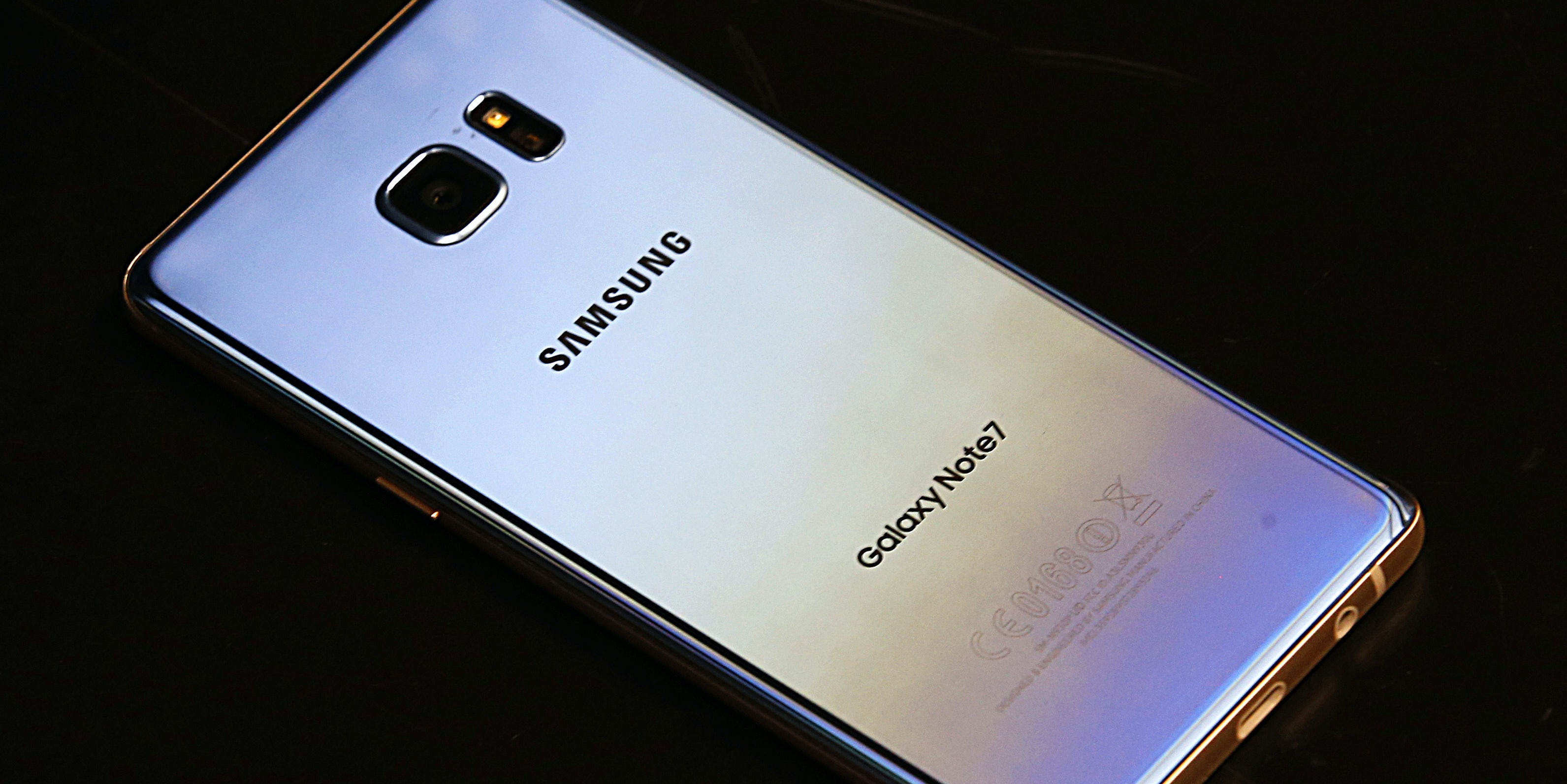 OREM, UT - SEPTEMBER 15: A Samsung Galaxy Note 7 lays on a counter after it was retuned to a Best Buy on September 15, 2016 in Orem, Utah.  The Consumer Safety Commission announced today a safety recall on Samsung's new Galaxy Note 7 smartphone after users reported that some of the devices caught fire when charging.  (Photo by George Frey/Getty Images)