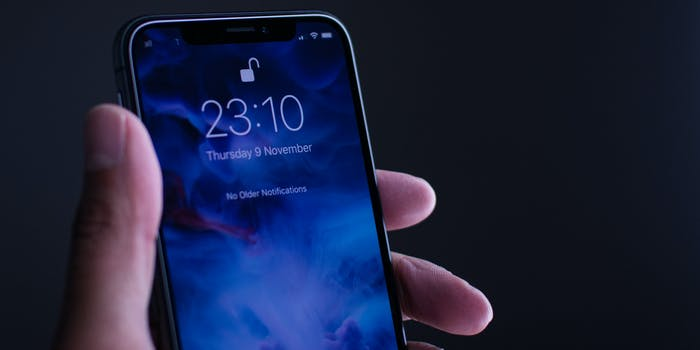 apple iphone x security