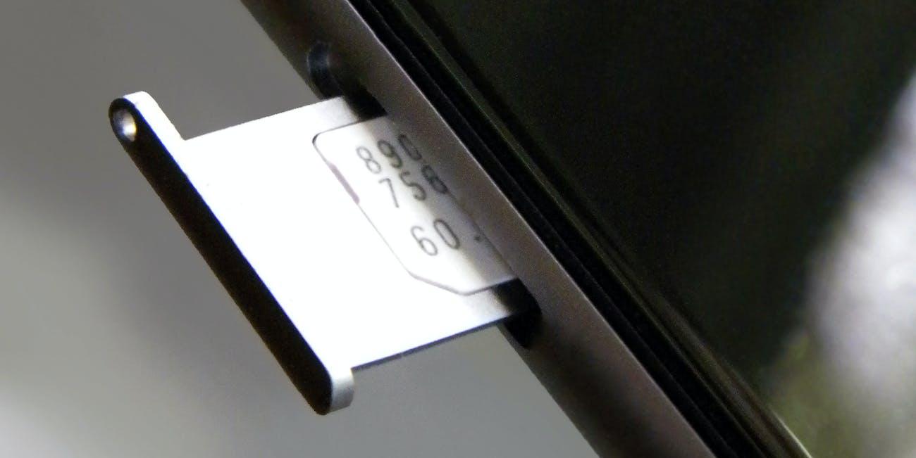 nanosim_eject_300ppi_clean