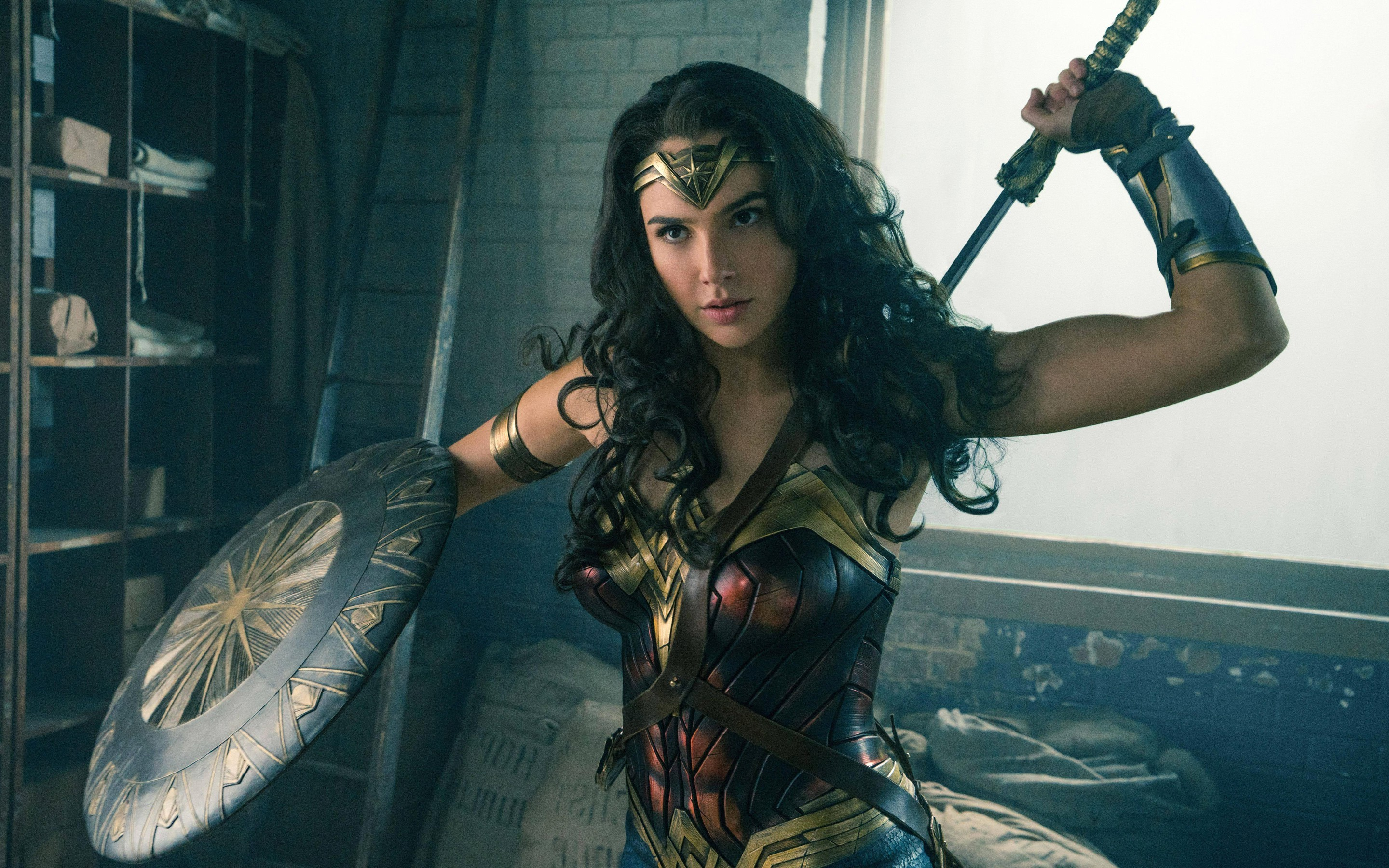 Lebanon to ban Wonder Woman 'because actress who plays her is Israeli'