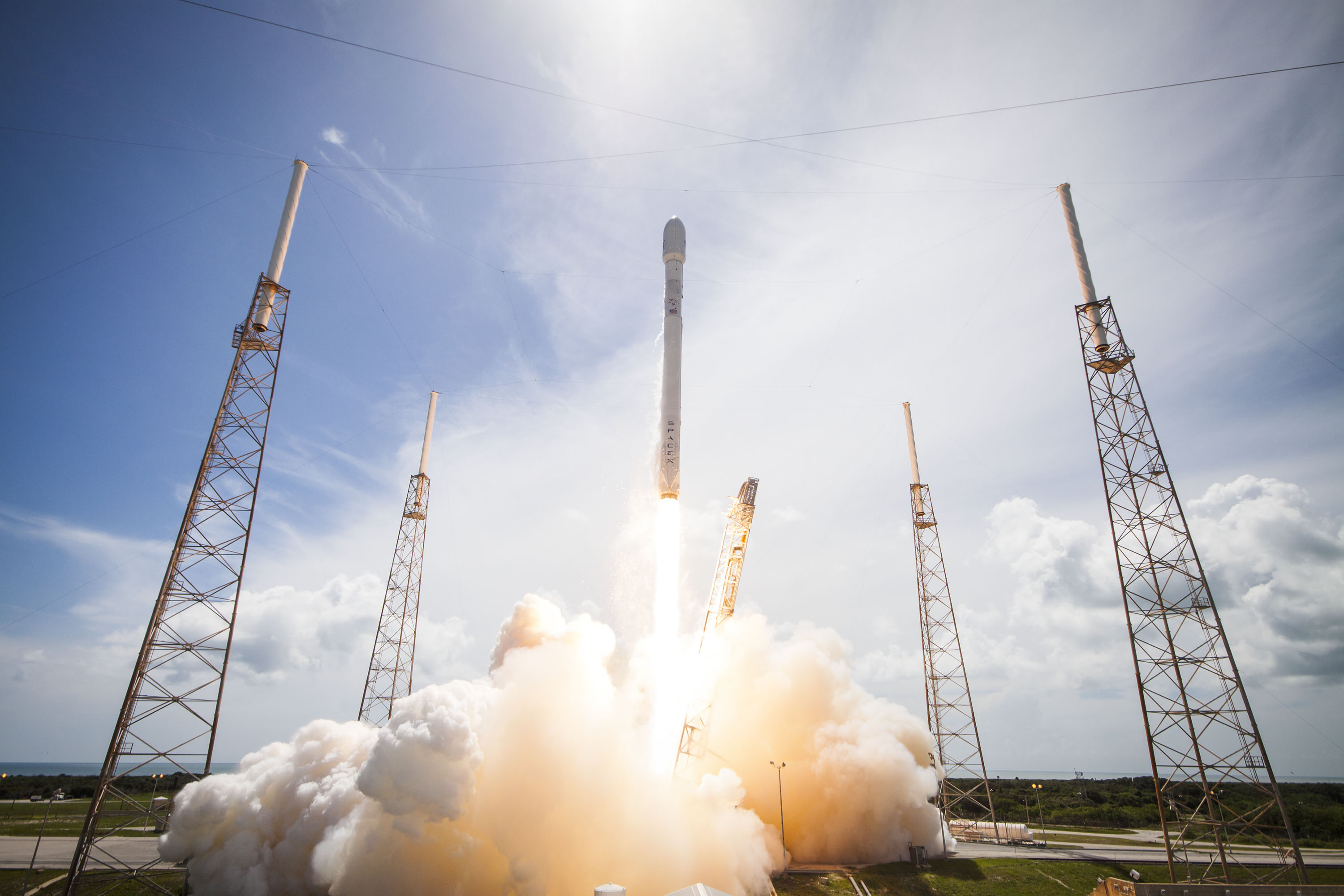 How To Watch Spacex S Falcon 9 Launch Tuesday Inverse