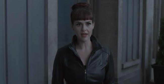 Sara Rue as Olivia Caliban