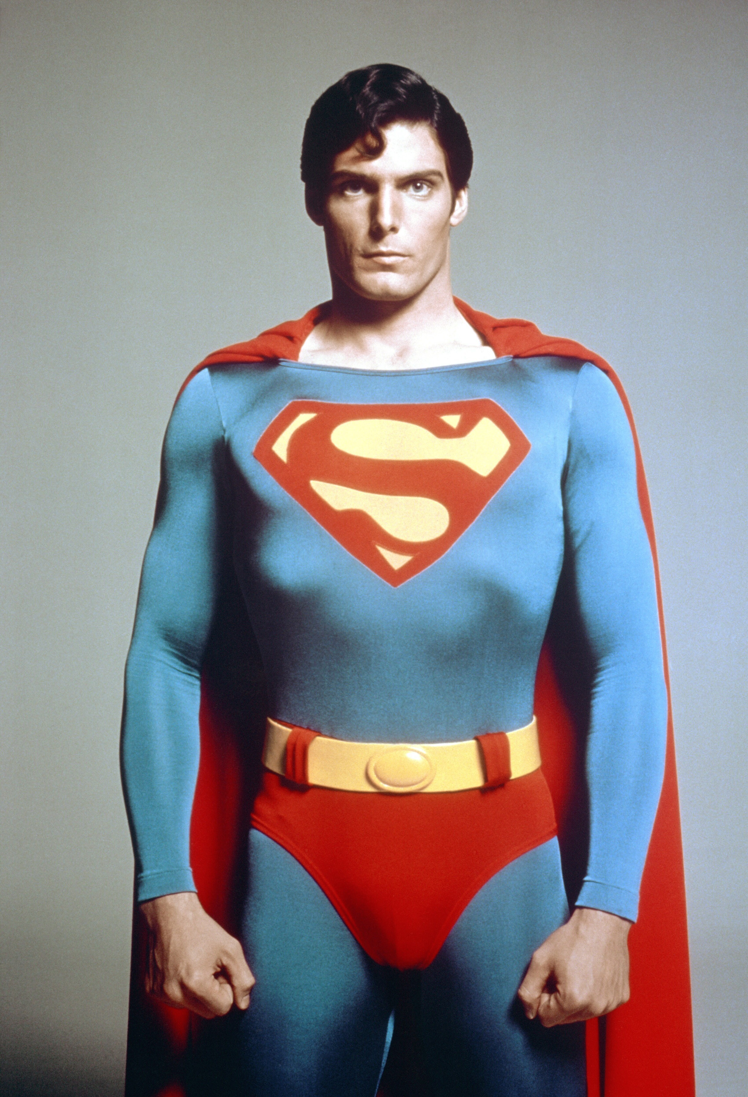 Retro Justice League A History Of Supermans Onscreen Suits Inverse