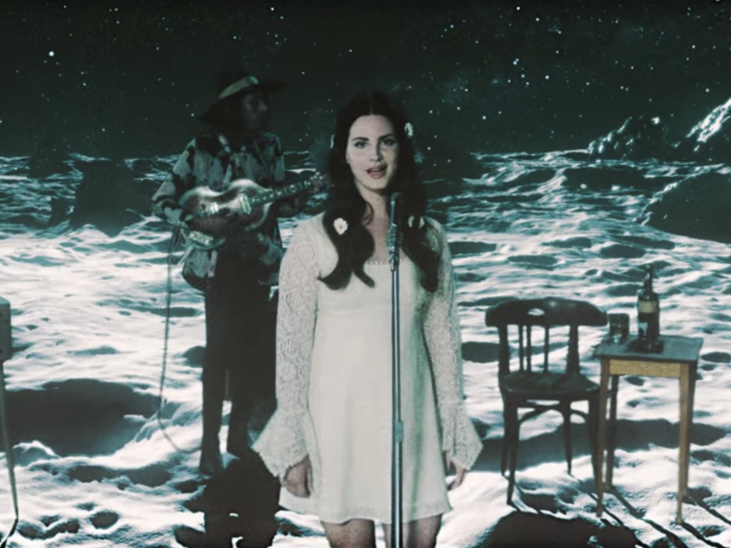 'Love' Video Proves Lana Del Rey Needs an Astronomy Class