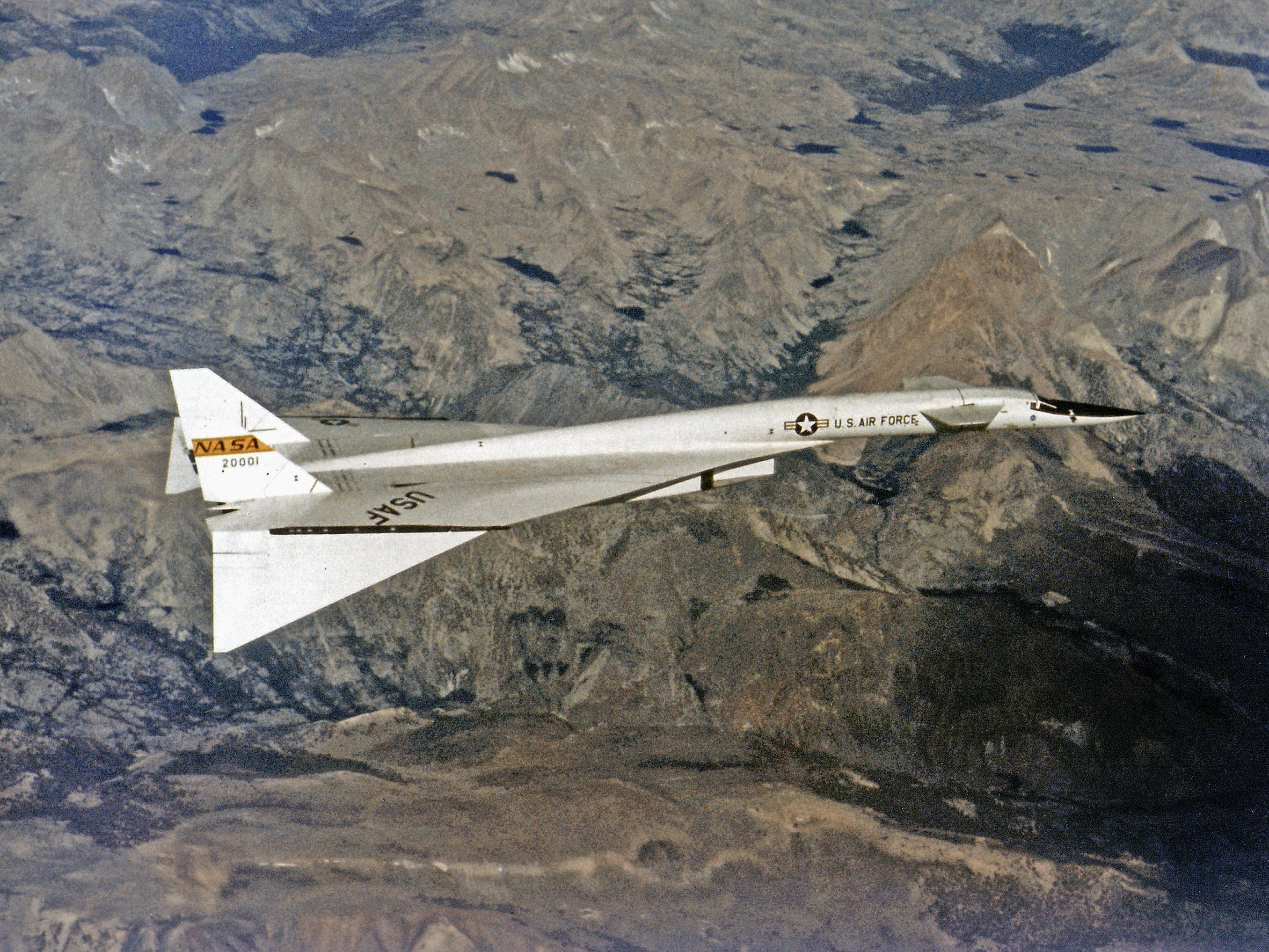 The XB-70 Valkyrie, an experimental aircraft from the 1960s, had articulated wingtips