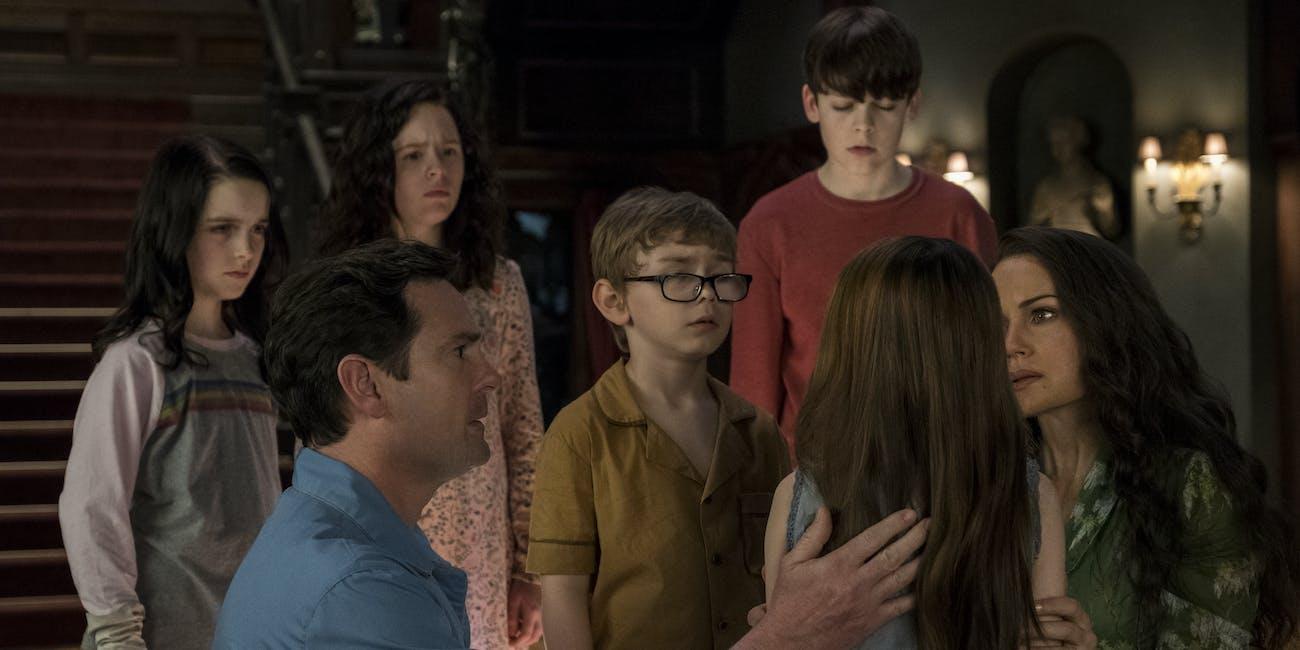 haunting of hill house crain family netflix horror