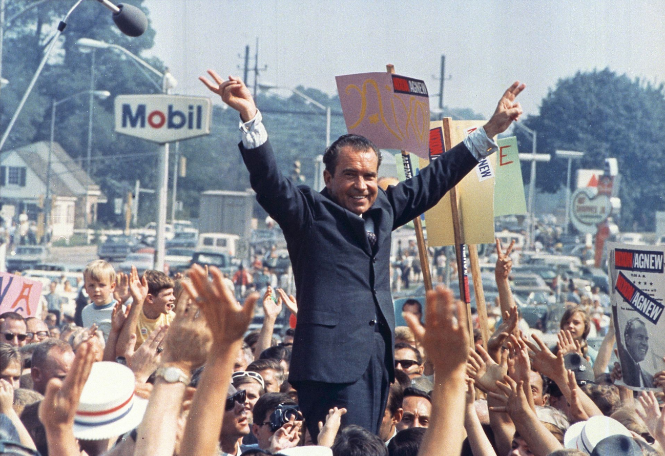 https://fsmedia.imgix.net/32/ac/c0/42/7ad7/42f1/b931/95248768a919/president-richard-nixon-the-war-on-drugs.png