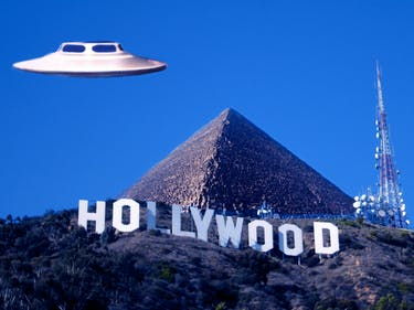 "The best ""documentaries"" on aliens on Netflix."