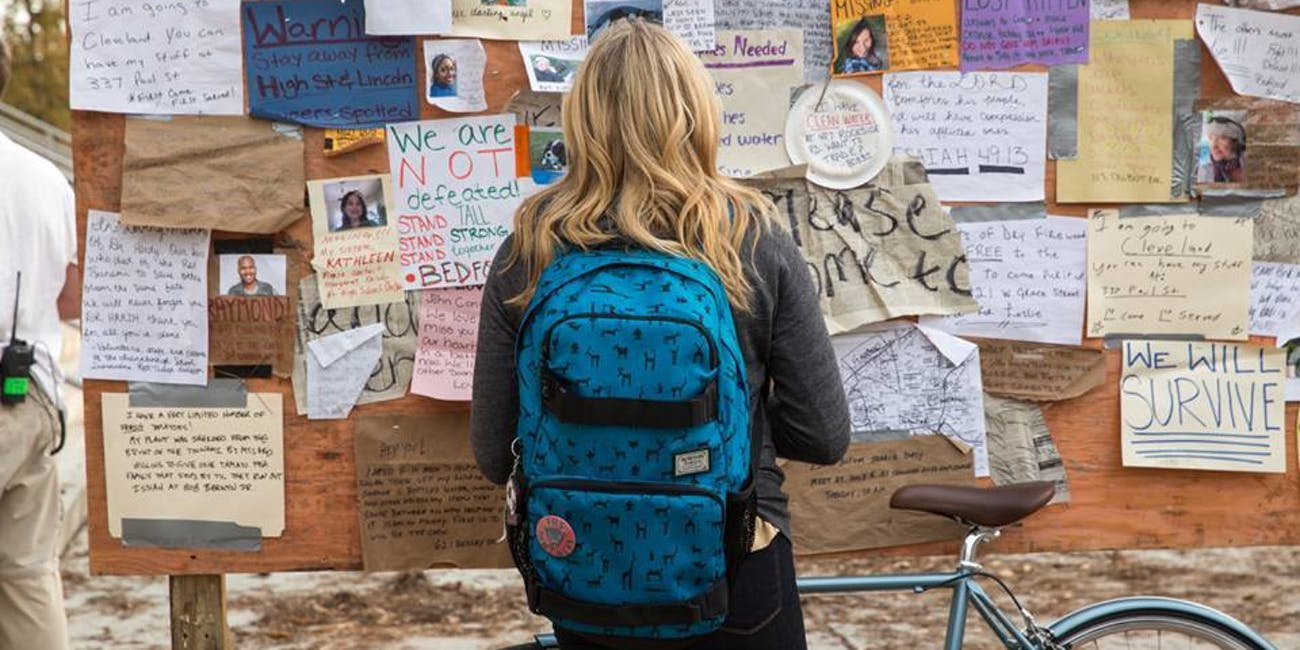 The 5th Wave' Manages to Make An Alien Invasion Boring   Inverse