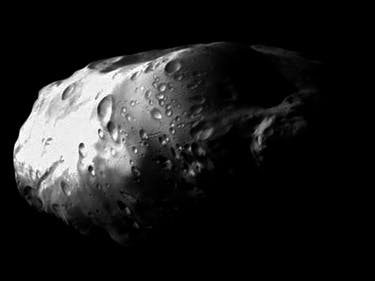 Cassini Spacecraft Offers These Dreamy Photos of Saturn's Moon Prometheus