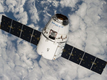 SpaceX Dragon Capsule Aborts ISS Rendezvous, Mice Live Another Day