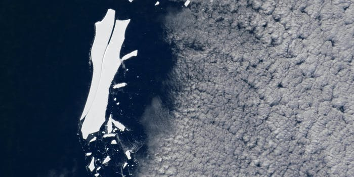 Iceberg B-15 melting away