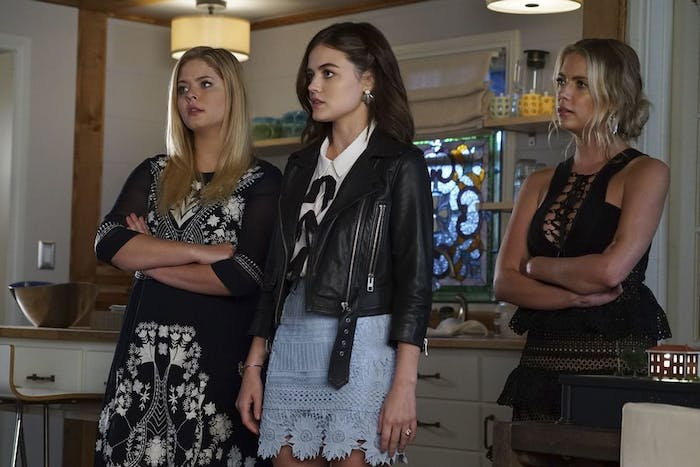 Ashley Benson, Lucy Hale, and Sasha Pieterse in 'Pretty Little Liars'