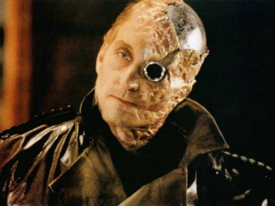 Why Not Watch Tywin Lannister Wind Up His Robot Dick?