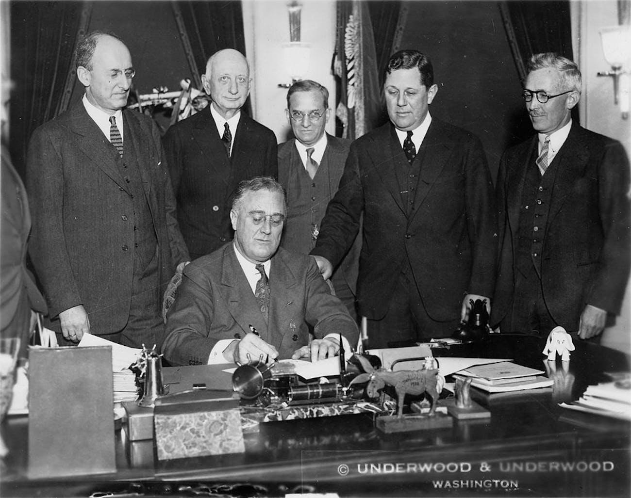 Happy 162nd: A Very Brief History Of U S  Dollar Bill(s