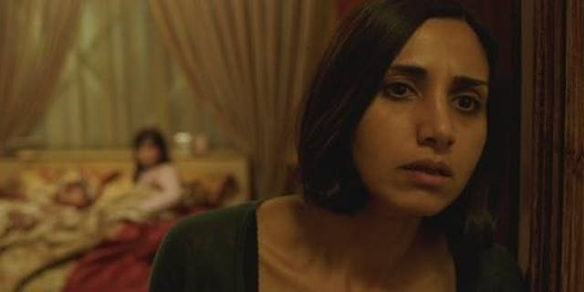 Narges Rashidi in Babak Anvari's 'Under the Shadow'