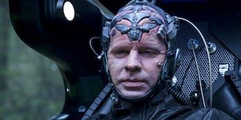 We get to see the OG Thinker again inside DeVoe's mind.