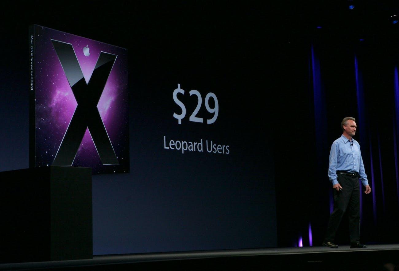 Mac OS X Snow Leopard, featuring QuickTime X.