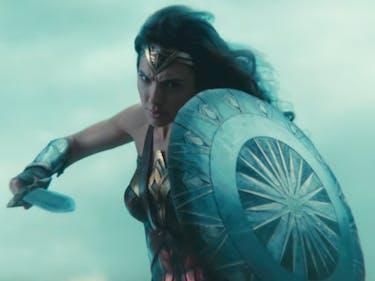 Wonder Woman Goes to War, Kicks Ass in Final Trailer