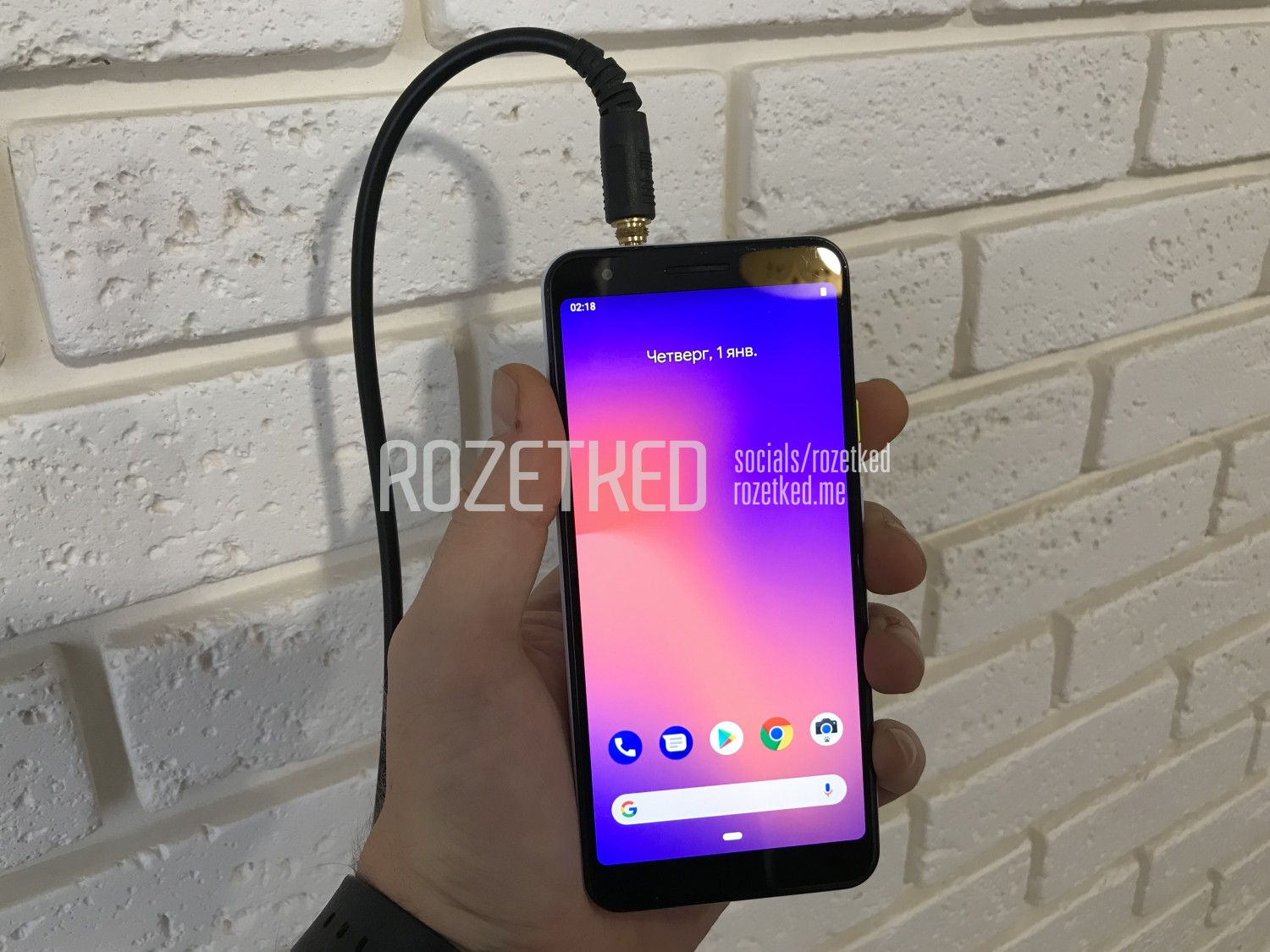 Google Pixel 3a vs 3: Price, Specs, Display for the Mid