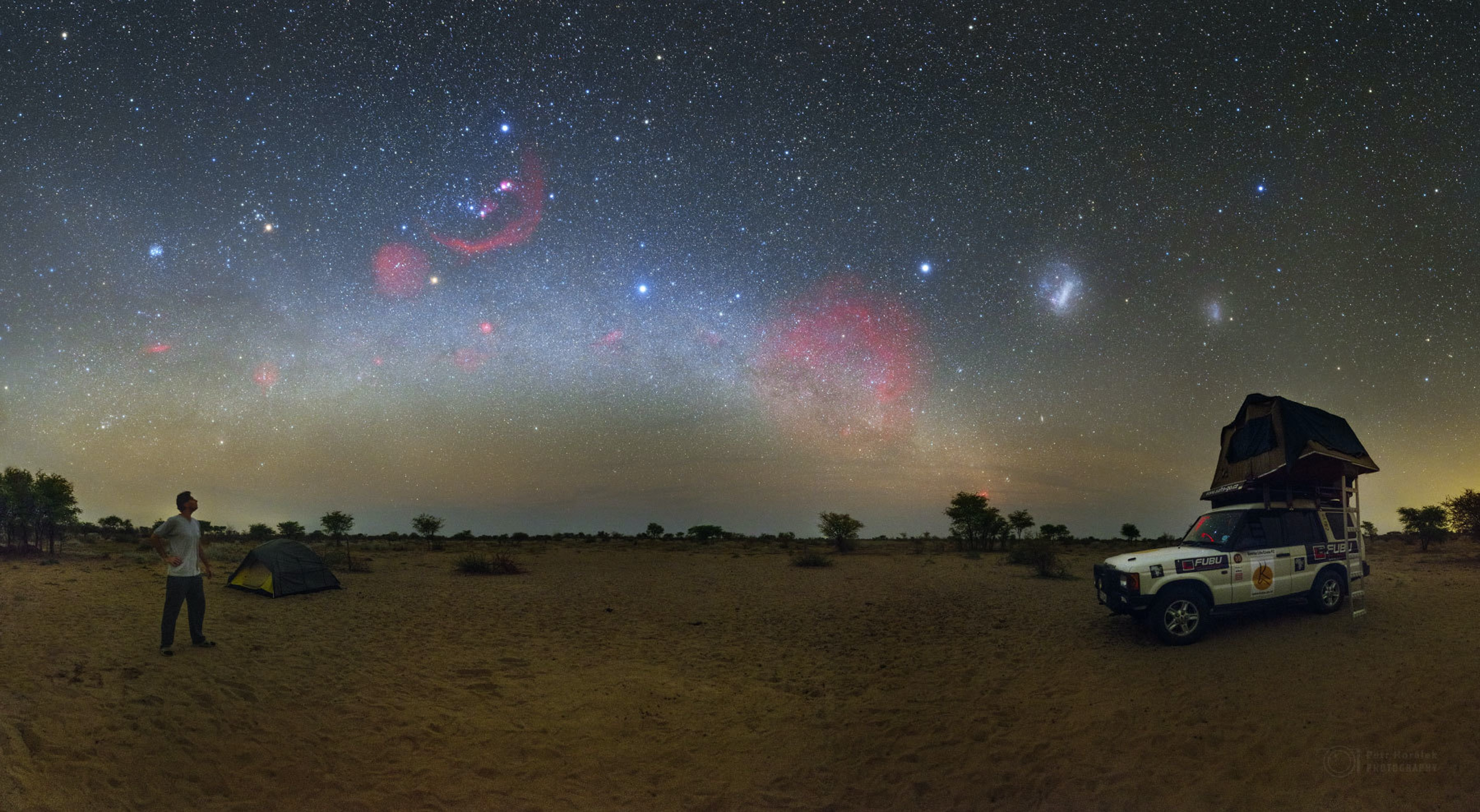 This Night Sky Photo Shows How Light Pollution Blinds Us