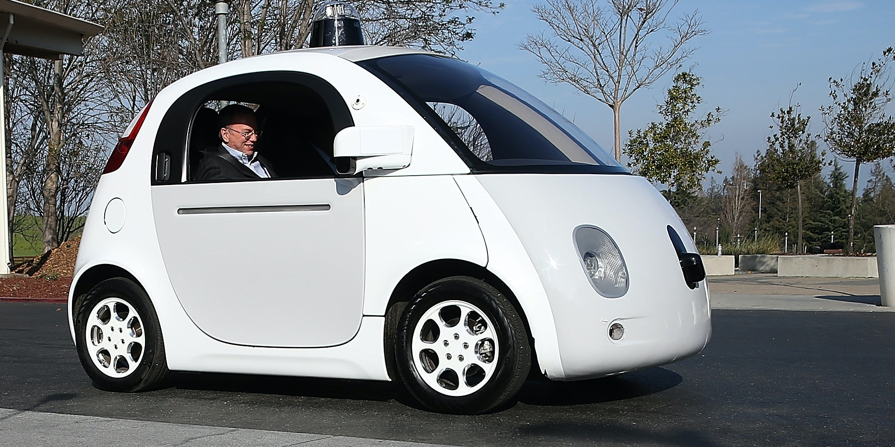 The Loneliness of the Ethical Driverless Car