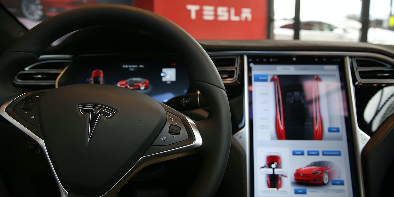Roots Insurance Policy Offers Discounts If You Use Tesla Autopilot The Switch On