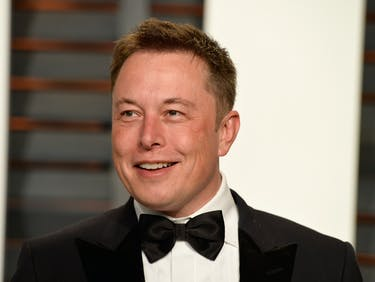 """Elon Musk Says """"Maybe Next Month"""" About His Neural Lace Project"""