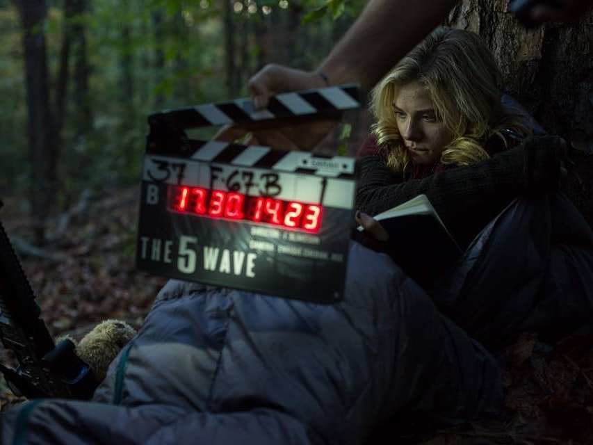 'The 5th Wave' Isn't Just a Sci Fi Movie, It's a Terrifying and Real Concept