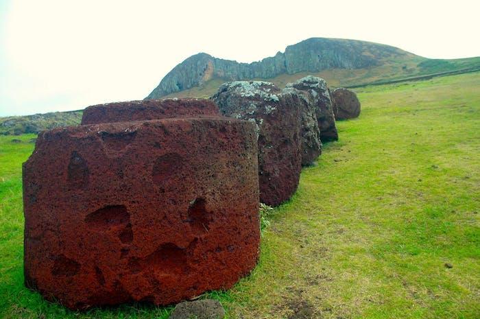 pukao stone hats rapa nui easter island