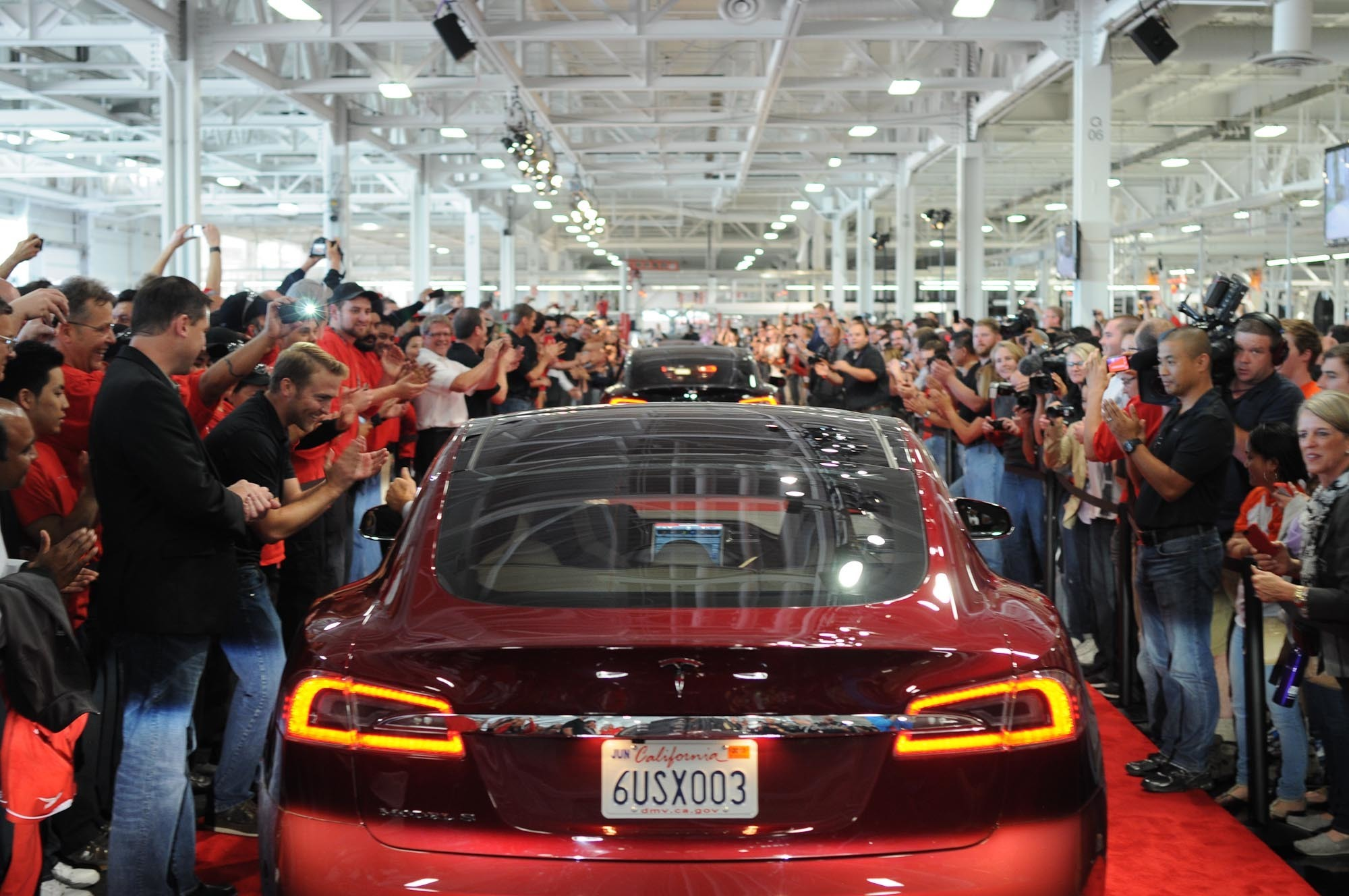 Female Tesla Engineer Sues Over Harassment, Lower Pay, Hostile Workplace