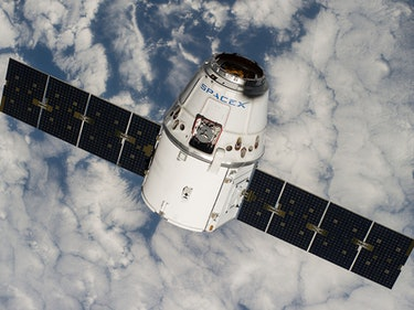 SpaceX Beefs up Its Operations in Jeff Bezos's Backyard
