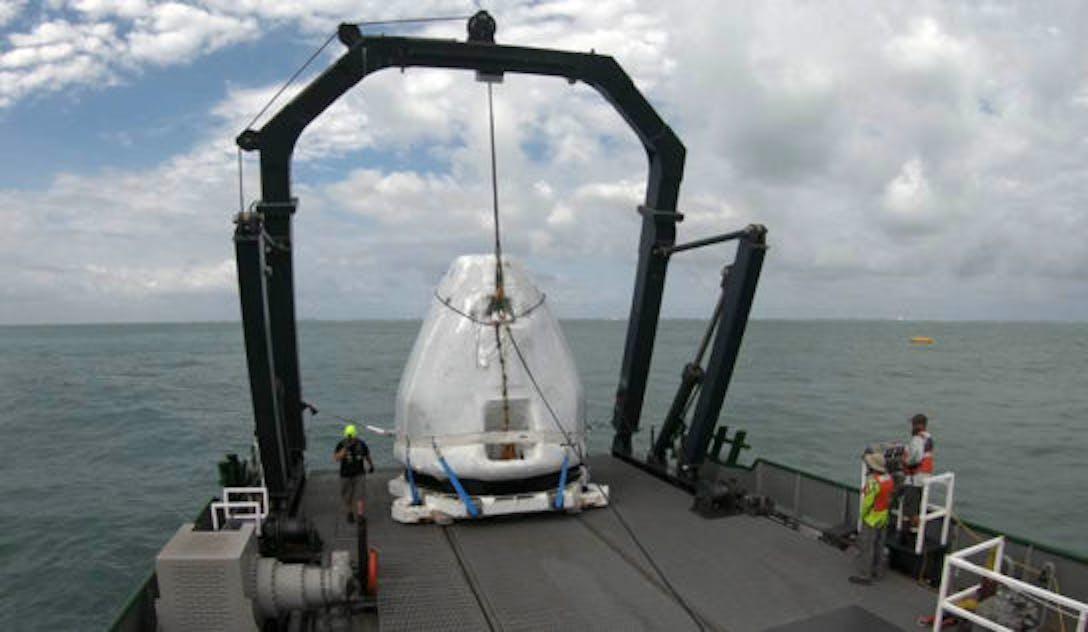 spacex crew dragon capsule
