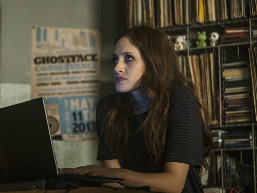 Darlene's Shocking Choice In 'Mr. Robot' Was Inevitable