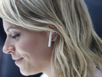 5 Alternatives to Apple AirPods, Which Are Mysteriously Absent